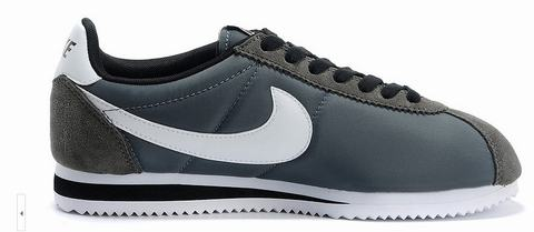chaussure nike cortez femme nike cortez cuir homme. Black Bedroom Furniture Sets. Home Design Ideas